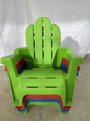 Plastic kids chair for Sale in San Diego, CA
