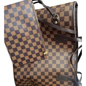 Louis Vuitton Neverfull Tote for Sale in Canton, MI