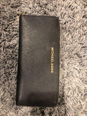 Michael Kors Wallet for Sale in Sterling, VA