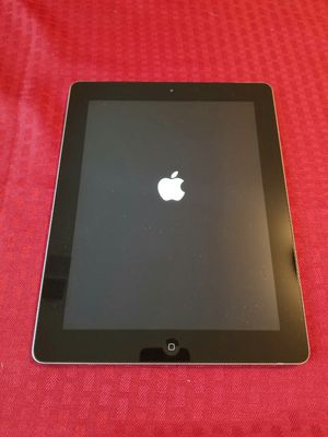 iPad 3 , 3rd Generation. Cellular and Wi-Fi Internet access. Unlocked. 9.7 inch big size iPad ( Usable with Sim and Wi-Fi) for Sale in West Springfield, VA
