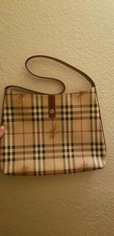 Burberry bag for Sale in El Cajon, CA