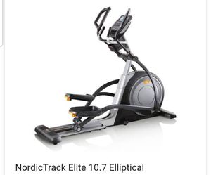 Elliptical Nordictrack 10.7 elite for Sale in Cincinnati, OH