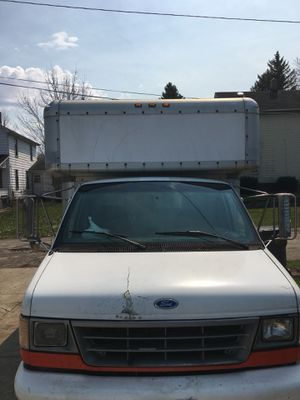 Ford E350 for Sale in Youngstown, OH