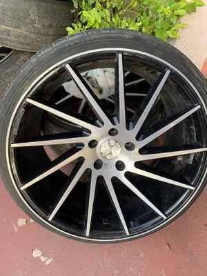 Spd-503 rims and tires for Sale in Miami, FL