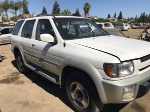 1999 Infiniti QX4 for parts only for Sale in Modesto, CA
