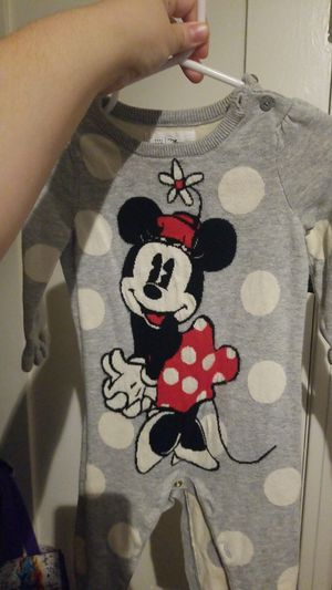 Baby gap romper 6-12 months for Sale in Los Angeles, CA
