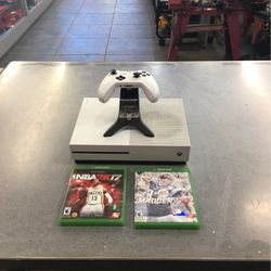 X Box One S for Sale in Glendora,  CA