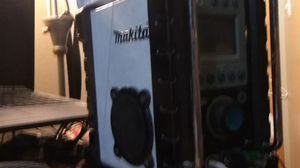 Makita jobsite radio for Sale in Tempe, AZ