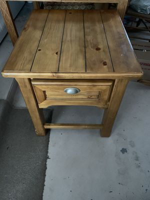 End Table for Sale in Winter Haven, FL