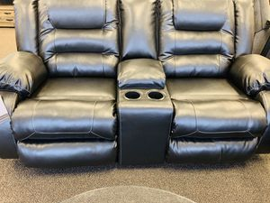 Sofa/loveseat for Sale in Alpharetta, GA