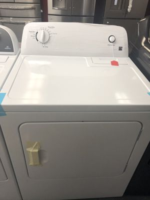 New scratch and dent kenmore dryer. 1 year warranty for Sale in St. Petersburg, FL