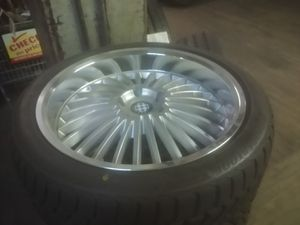 BMW wheel and tire for Sale in Chicago, IL