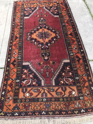 8 by 5 handmade Rug Persian for Sale in San Diego, CA