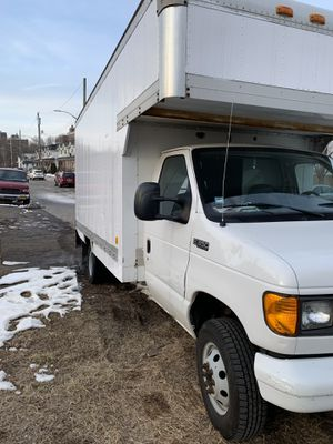 2003 Ford E-350 16FT Box Truck for Sale in New York, NY