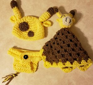 Crochet giraffe baby set for Sale in Parma, OH