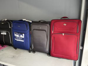 Big Luggages maletas for Sale in Los Angeles, CA