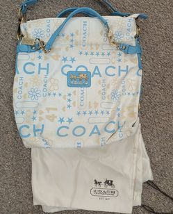 Coach Purse With Dust Bag for Sale in Burlington,  NC