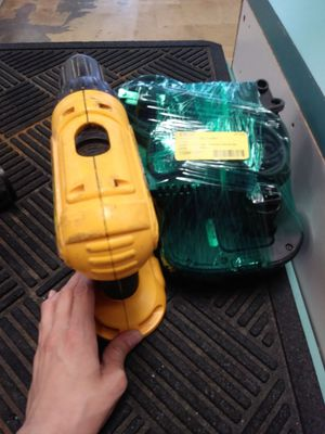 D ewalt Hammer Drill for Sale in Sebring, FL