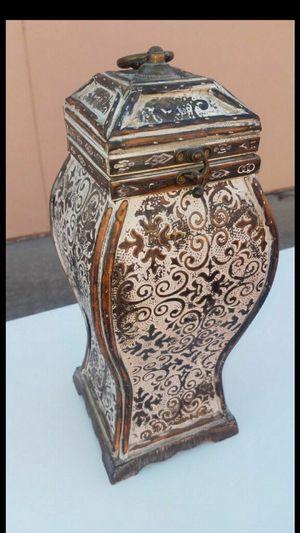 Vase for Sale in Modesto, CA
