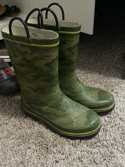 Boots Rain Size 1 for Sale in Vancouver,  WA