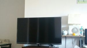 """FREE !!!! Samsung smart TV 46"""" for Sale in Northbrook, IL"""