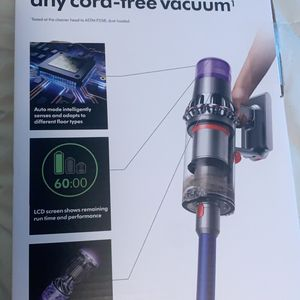 Dyson v11 Torque Drive for Sale in Katy, TX
