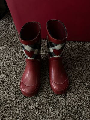 Kids size 9 Burberry rain boots for Sale in Canton, MI