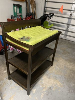 Buybuy Baby changing table for Sale in Miami, FL