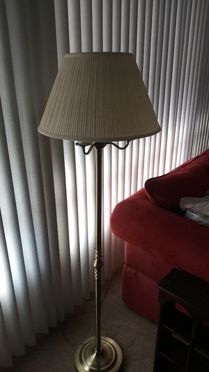 Tall floor lamp for Sale in Ontario, CA