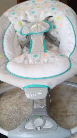 Ingenuity Baby Bouncer/Swing for Sale in Wichita,  KS
