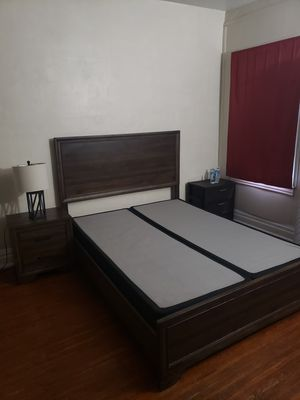 Queen size bedroom set with Nightstand and Dresser with Mirror for Sale for Sale in Buffalo, NY