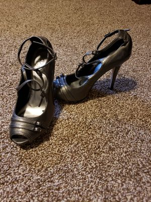 Size 7 strappy heels for Sale in North Ridgeville, OH