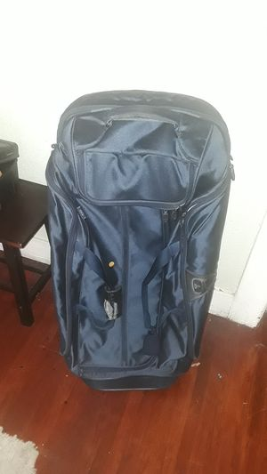 Tumi duffle bag for Sale in San Pedro, CA