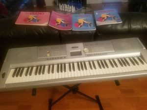Yamaha Keyboard for Sale in Raleigh, NC