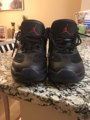 Jordan's 11s low for Sale in Gambrills, MD