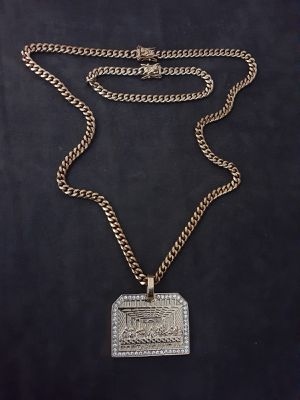$120.... 14k gold plated cuban link chain pendant and bracelet set..... Shipping 🛫✈️🛬 and delivery🚗💭💭 for Sale in Fort Lauderdale, FL