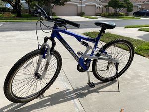 "Genesis 29"" GS29 Men's Bike, for Sale in Clearwater, FL"