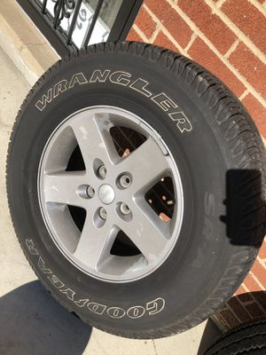 4 jeep wheels. Plenty of tread left no curb rash. for Sale in Silver Spring, MD