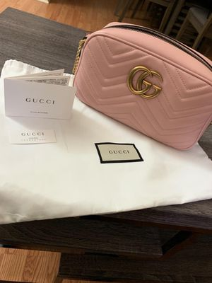 GUCCI Small GG Marmont Matelassé Leather for Sale in Los Angeles, CA