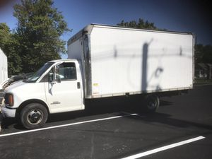 Chevy 3500 Box Truck 15 Foot 1997 158k mileage for Sale in Rockville, MD
