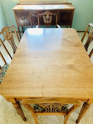 Beautiful custom vintage kitchen table with 6 chairs for Sale in Littleton, CO