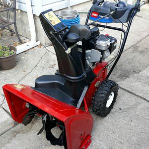 "Toro Power Max 726OE 2-Stage 26"" Inch Self Propelled Snowblower W/Electric Start And Toro Storage Cover for Sale in Aurora, IL"