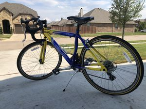 GMC Denali 24-inch YOUTH road bike for Sale in Burleson, TX
