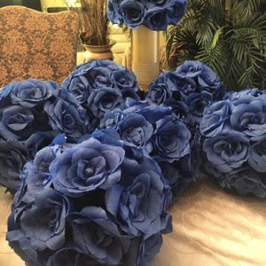 11 paper royal flower kissing flowers for your centerpieces, around 11 inch for Sale in Moreno Valley, CA