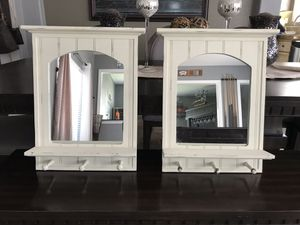 "Wall decor mirrors 17""x20"" for Sale in San Jacinto, CA"