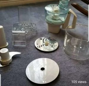 Lot of cuisinart food processor accessories no motor do not know which model it is for Sale in Long Beach, CA