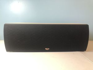 KLIPSCH RC7 Center Speaker in Maple for Sale in Brockton, MA