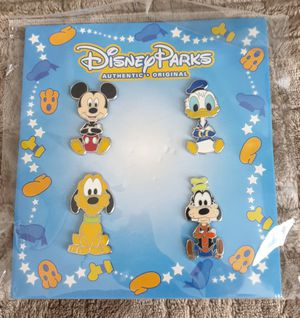 Disney parks trading pin set. Tradeable at all disney parks. for Sale in Los Angeles, CA