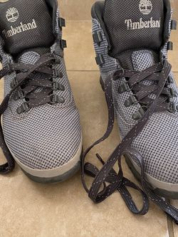 Timberland Hiking Boots Size 10.5 ONLY USED ONCE for Sale in Las Vegas,  NV