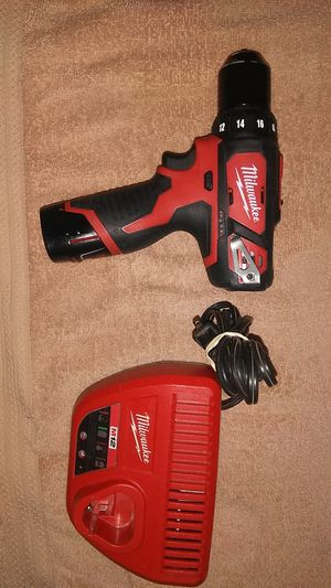 Milwaukee m12 drill with battery and charger for Sale in Atlanta, GA
